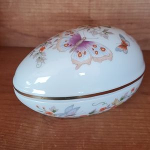 Vintage Avon Egg trinket jewelry box